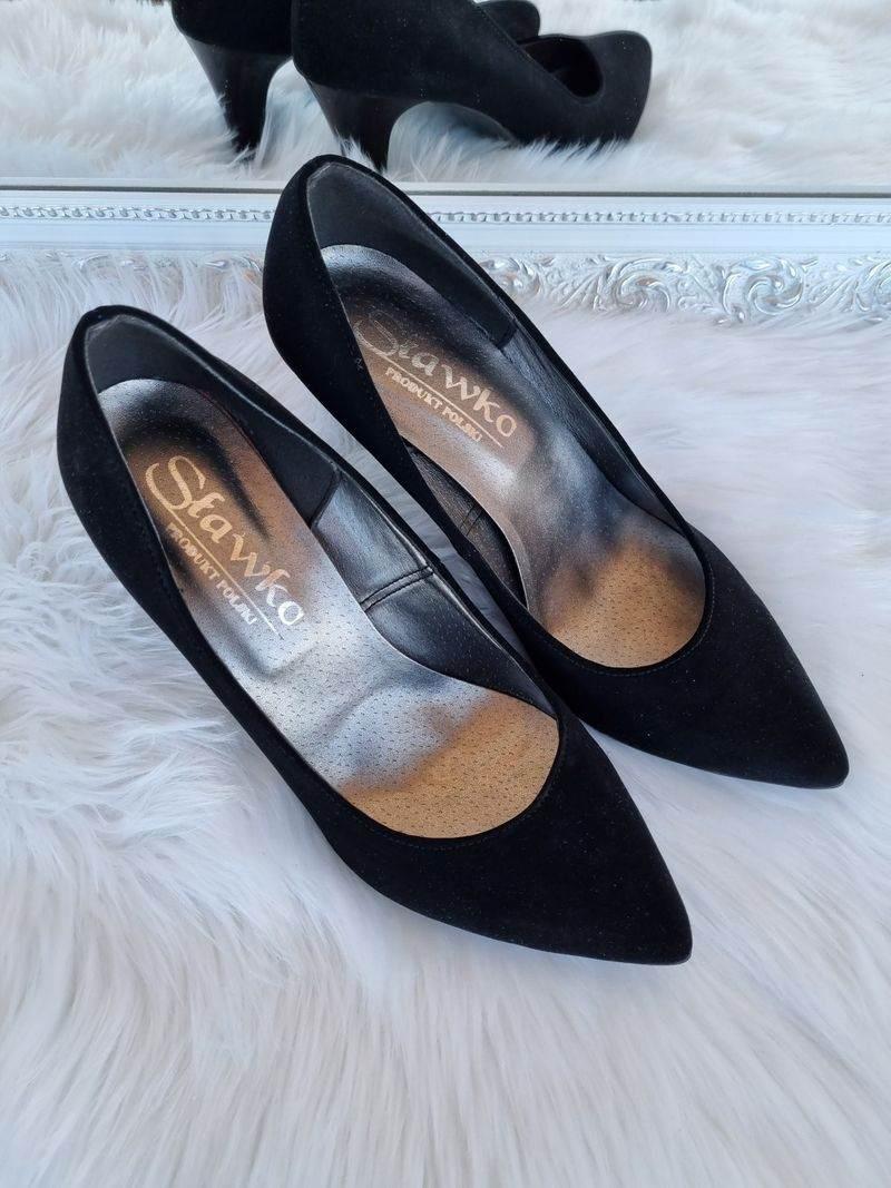 apavi sievietēm internetā, sieviešu kurpes, augstpapēžu kurpes,