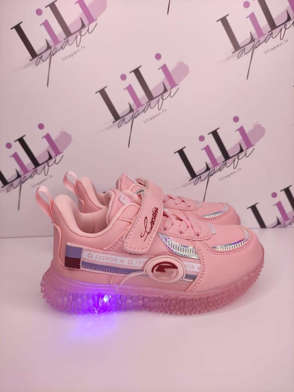 stilīgi apavi bērniem, apavi r gaismiņām, pavasara apavi bērniem, meiteņu botes