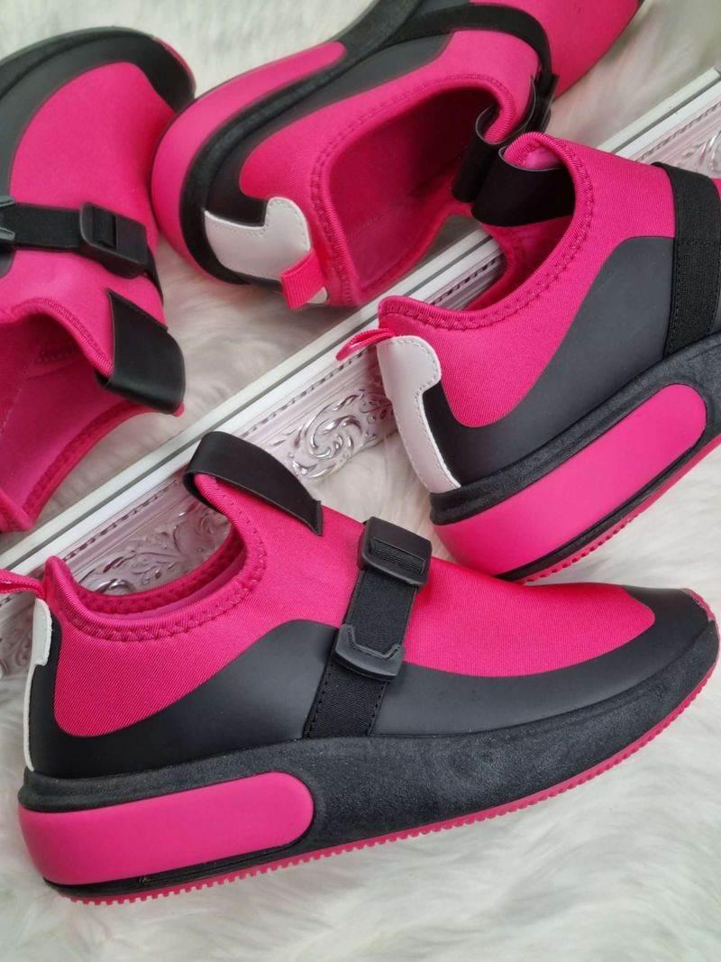 sieviešu botas, stilīgi sieviešu apavi, lili apavi interneta veikals, apavi sievietēm internetā,