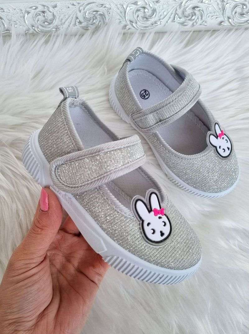 bērnu apavi, meiteņu kedas, bērnu brīvā laika apavi, apavi bērniem internetā, apavi,