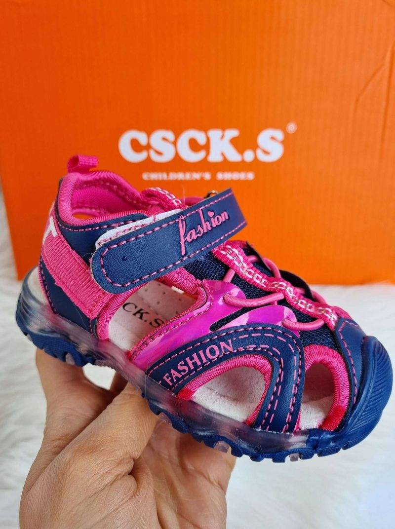bērnu apavi, meiteņu sandales ar led gaismiņām, apavi bērniem, bērnu apavi internetā, sandales ar led gaismiņām,