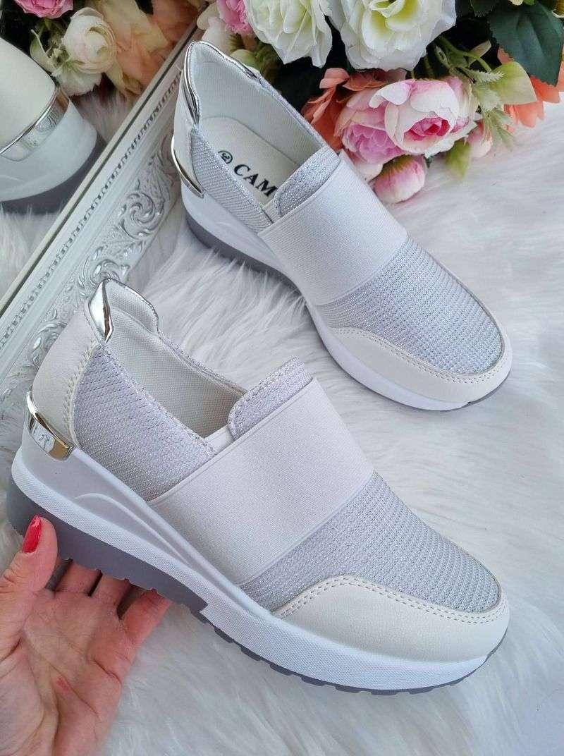 sieviešu botas uz platforms, baltas sieviešu botas, sieviešu apavi internetā, brīvā laika apavi sievietēm,