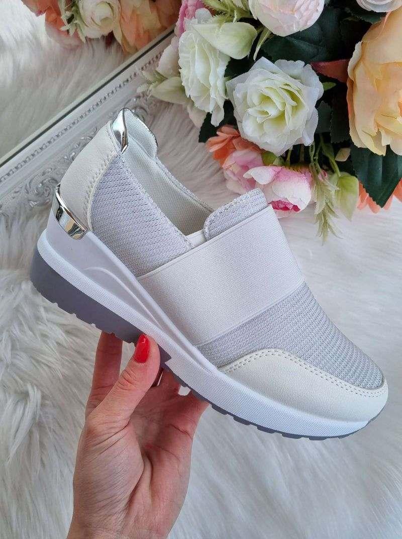 sieviešu botes uz platformas, sieviešu botas, brīvā laika apavi, baltas sieviešu botas, sieviešu apavi internetā,