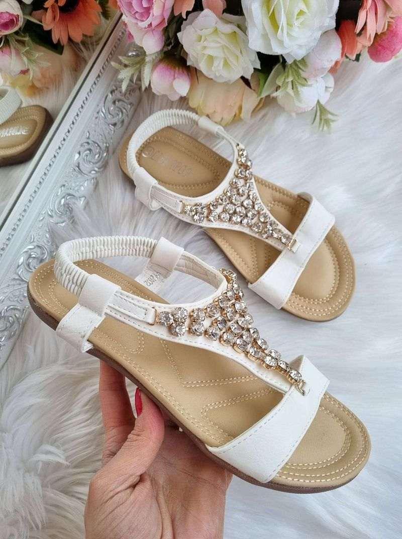 sieviešu sandales, vasaras apavi sievietēm, sieviesu apavi internetā, apavi liliapavi, akcija, basenes,