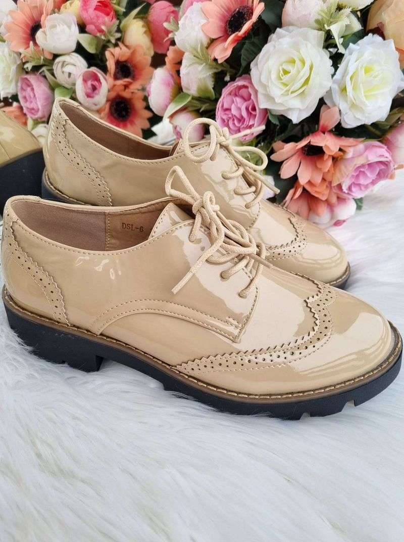 šņorkurpes, sieviešu pavasara kurpes, sieviešu apavi internetā, pavasara apavi sievietēm,