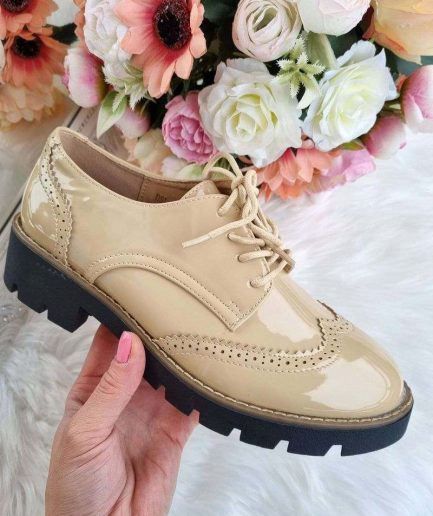 šņorkurpes, sieviešu slēgtās kurpes, sieviešu apavi internetā, pavasara kurpes,