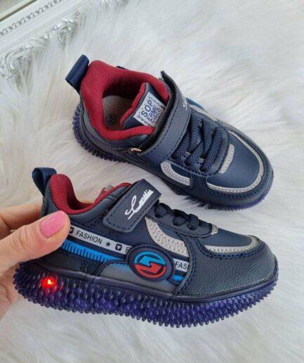 zēnu botes ar led gaismiņām, apavi ar gaisminam, apavi bērniem internetā,