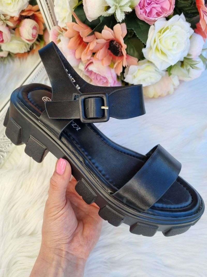 melnas sieviešu sandales, apavi online, sieviešu apavi, vasaras apavi, modernas sandales,