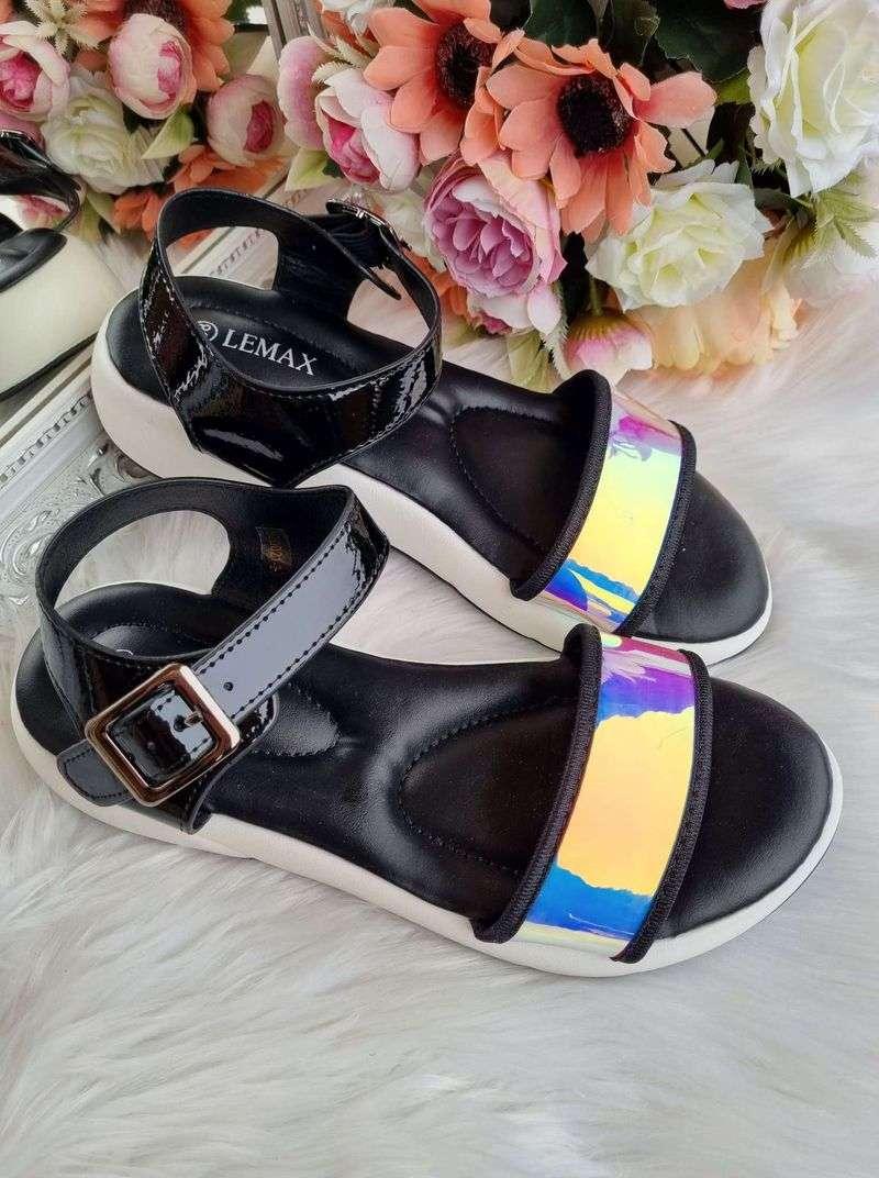 sieviešu sandales, basenes vasarai, vasaras apavi sievietēm internetā, ērti apavi, apavi liliapavi,