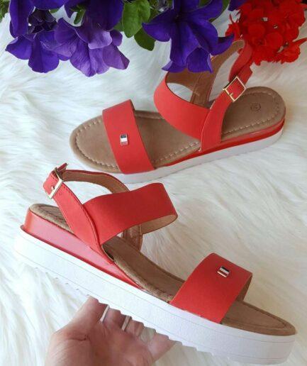 sieviešu vasaras sandales, sieviešu apavi internetā, apavi liliapavi, basenes, moderni sieviešu apavi,