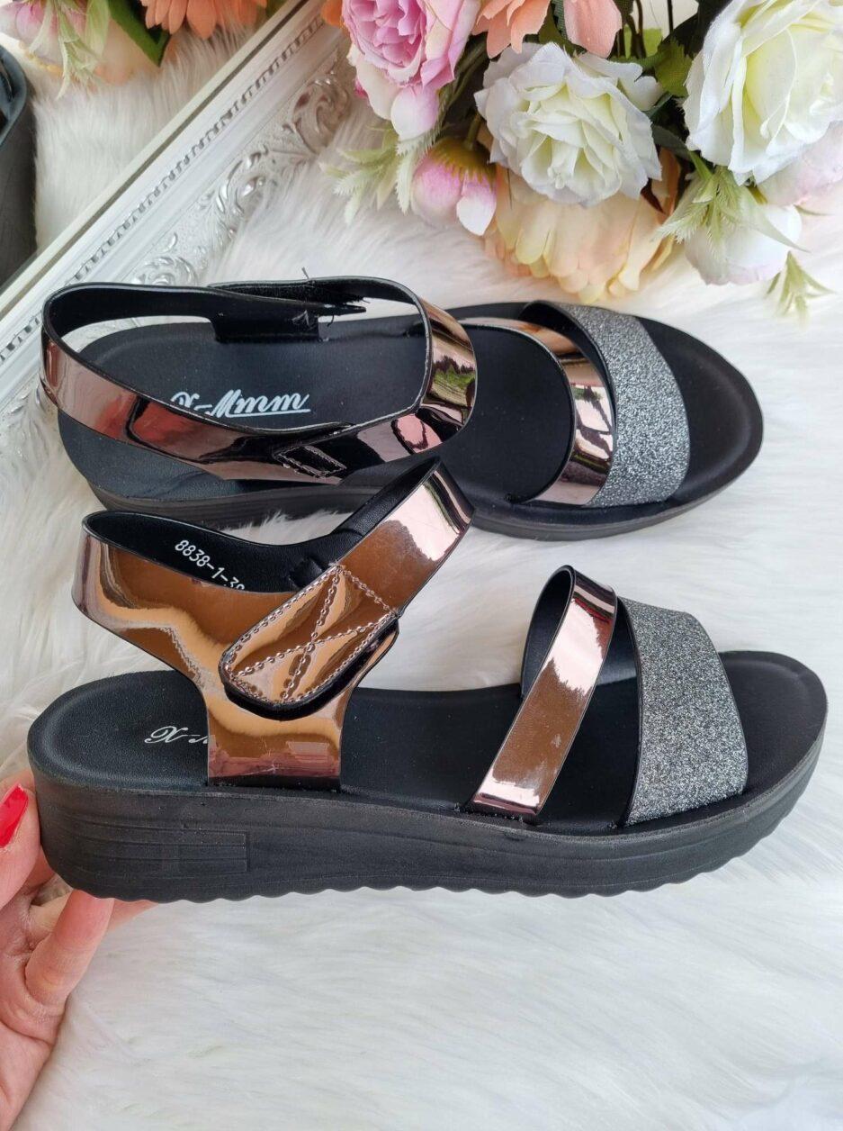sieviešu sandales, vasaras apavi sievietēm, ērtas vasaras sandales sievietēm, stilīgas sandales internetā, sieviešu basenes,