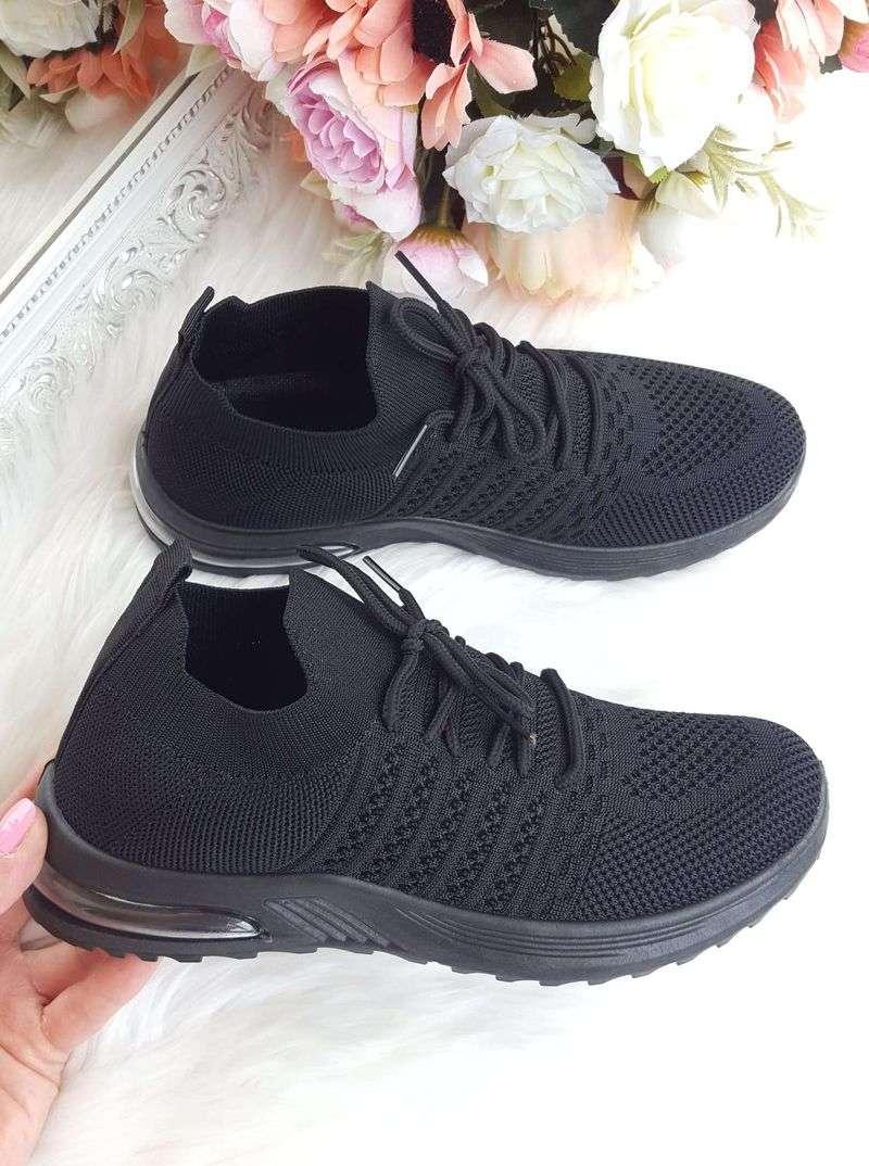 melni brīvā laika apavi sievietēm, melnas sieviešu botas, apavi brīvajam laikam sievietēm, botas,