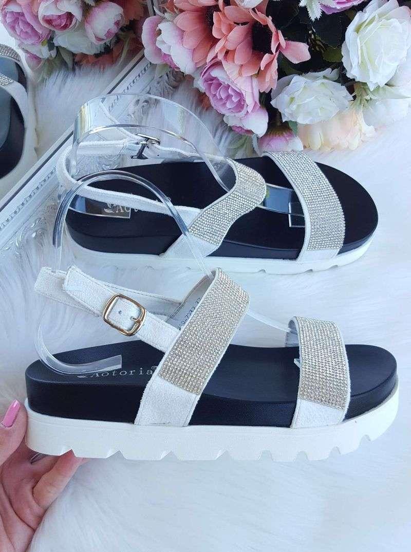 sieviešu apavi, sieviešu sandales, apavi sievietēm, sandales ar spīdumiem, stilīgas sieviešu sandales uz biezas zoles,