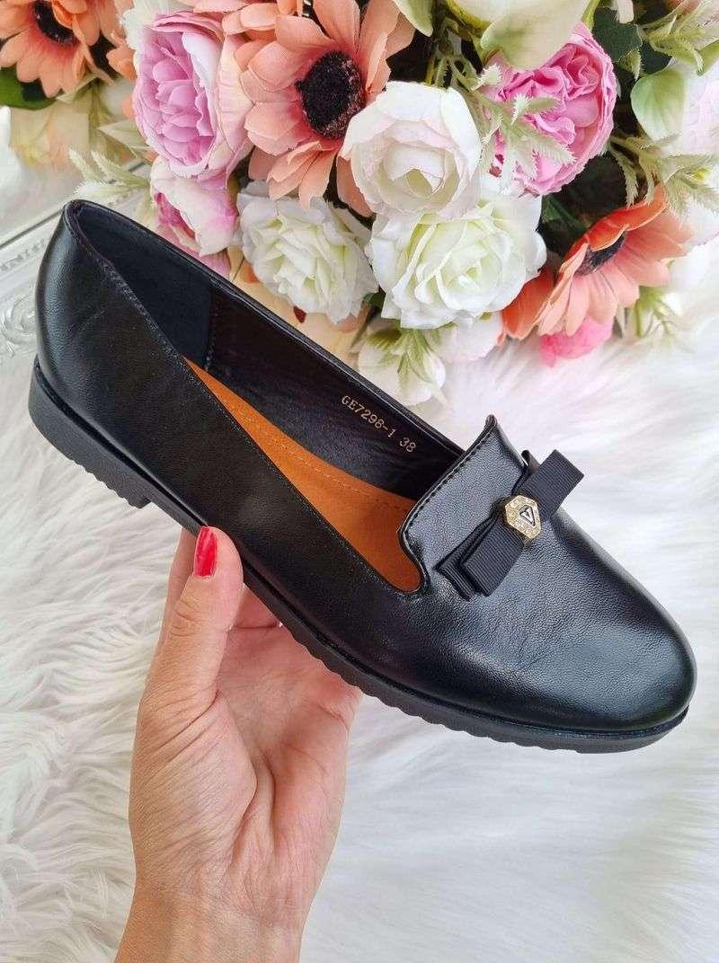 sieviešu balerīnas, laiviņas sievietēm, apavi-balerīnas, zemās ikdienas kurpes, svētku apavi-melnas balerīnas, klasiski sieviešu apavi, apavi liliapavi, sieviešu apavi interneta veikals,