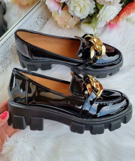 lakotas slēgtās kurpes ar ķēdi, kurpes ar ķēdi, modernas rudens kurpes, slēgtās ielas kurpes, apavi sieviešu interneta veikalā, sieviešu kurpes,