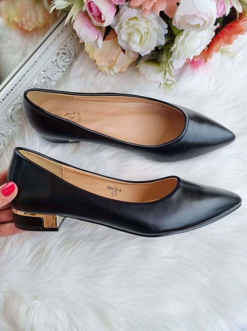 lielāka izmēra sieviešu kurpes, 41-42 izmērs sieviešu apavi, stilīgas kurpes, apavi 40+ sievietēm, lielie izmēri sievietēm apavi,