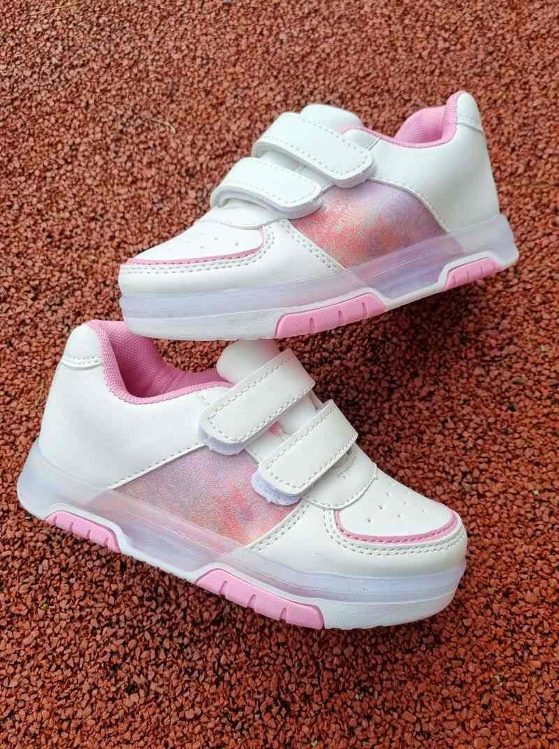meiteņu botes ar led gaismiņām, stilīgas meiteņu kedas, stilīgi bērnu apavi, apavi bērniem, bērnu apavi ar led,