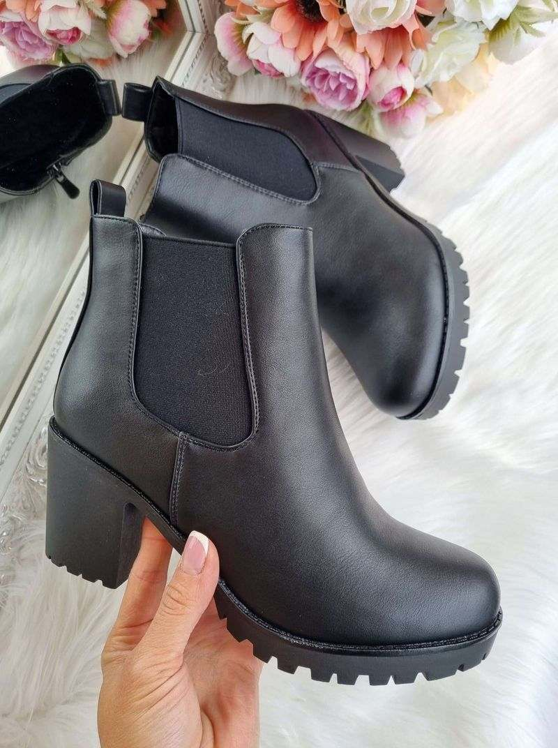 rudens puszābaki uz papēža, puszābaki uz papēža. sieviešu zābaki uz papēža, sieviešu rudens apavi, rudens apavi sievietēm, apavi online sievietēm,apavi liliapavi e-veikals,