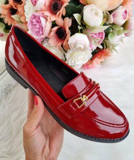 slēgtās rudens kurpes, tumši sarkani sieviešu apavi, rudens apavi sievietēm, klasiskas sieviešu kurpes, zemie sieviešu apavi, oxford stila kurpes, apavi sievietēm,