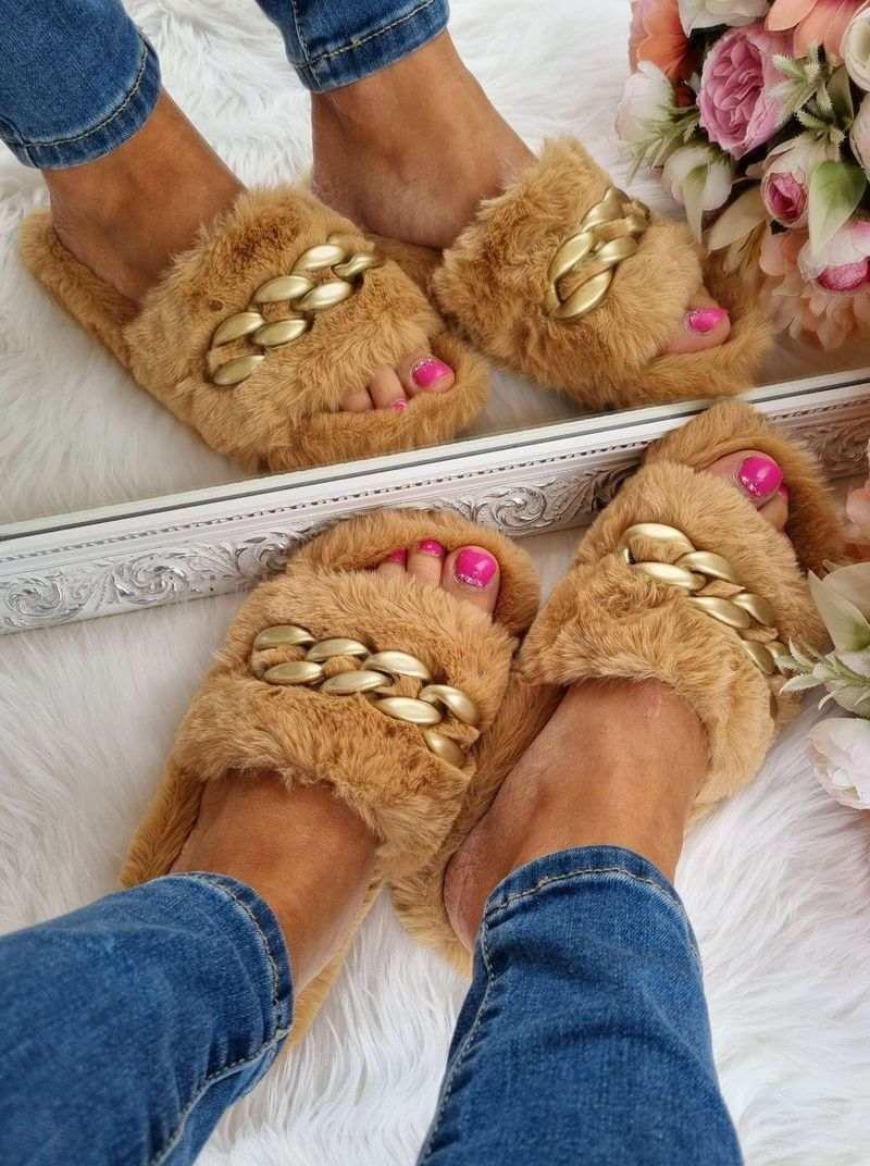 sieviešu istabas čības, mājas apavi, čības sievietēm, sieviešu apavi internetā, čibas ar pūku, stilīgas čības,