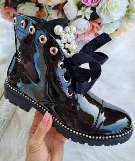 rudens puszābaki, lakoti sieviešu puszābaki, zābaki ar pērlītēm, sieviešu zābaki, puszābaki ar šņorēm sievietēm, stilīgi sieviešu apavi, apavi liliapavi, apavu e-veikals, apavi internetā,