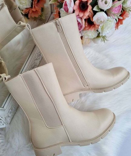 zābaki lielie izmēri, bēši sieviešu zābaki, pusgarie zābaki gaišā krāsā, apavi 40+, lielāka izmēra apavi sievietēm, apavi 41-42-43 sievietēm,